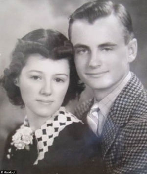 Couple born on the same day, met as teenagers, eloped because their parents disapproved. After 75 years of wedded bliss at 94, they died just a day apart,