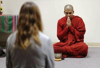 Bhante Piyaratana teaches a meditation