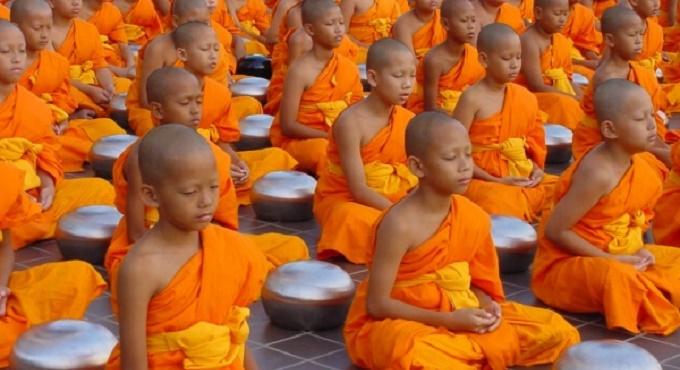 group-meditation-2